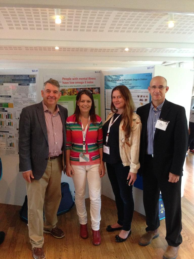 גיא עם Joseph Hibbeln, Natalie Parletta וRachel V. Gow שלושתם חוקרים מובילים בתחום הפסיכיאטריה, צולם בכנס -ISSFAL 2014 Stockholm.